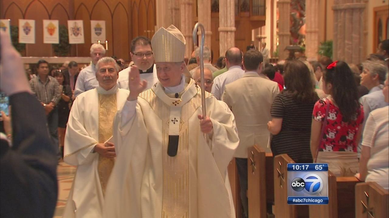 Archbishop Blase Cupich receives pallium at ceremony