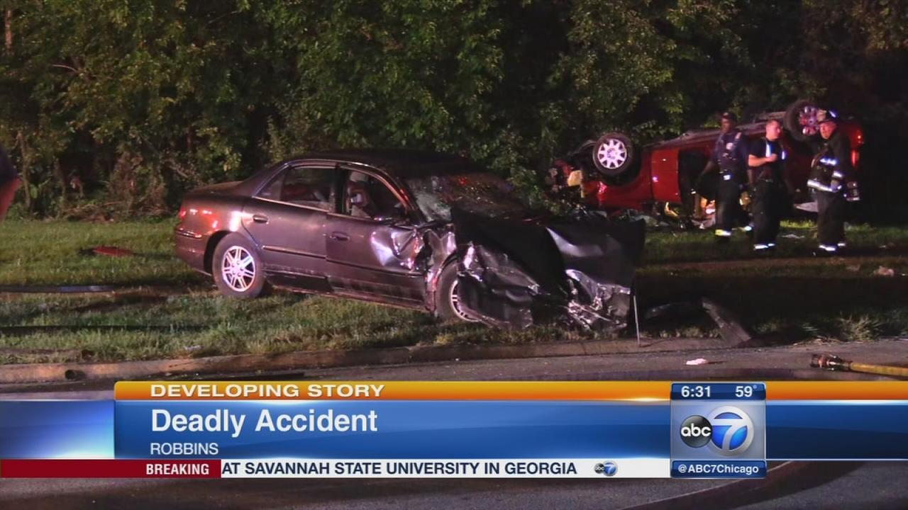2 dead, 7 injured in Robbins crash