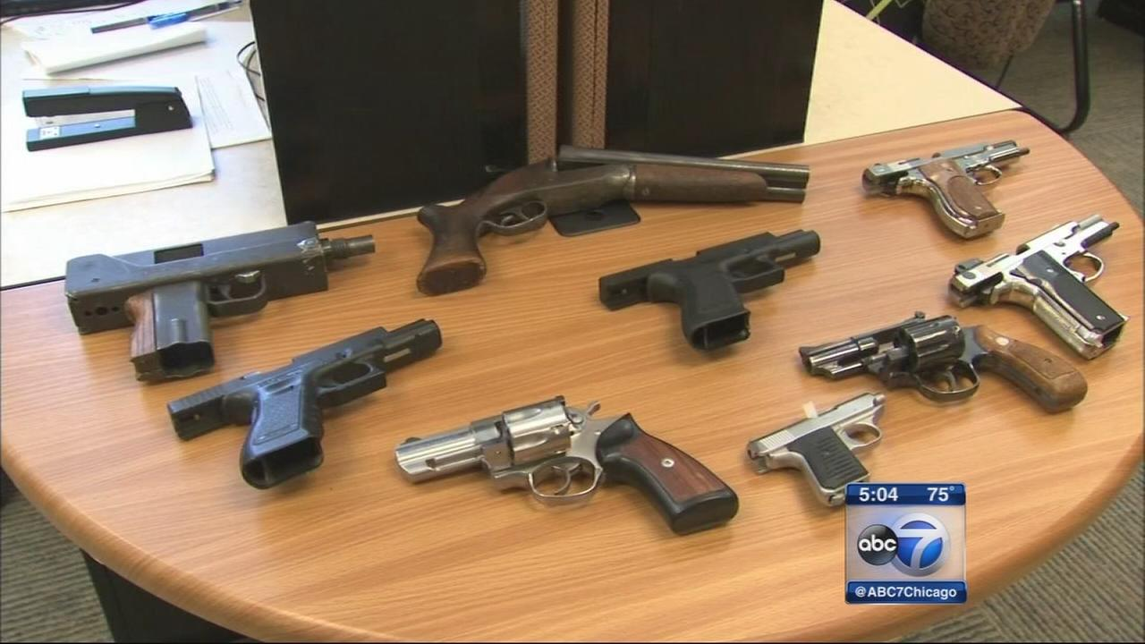 how to buy illigal guns in chicago