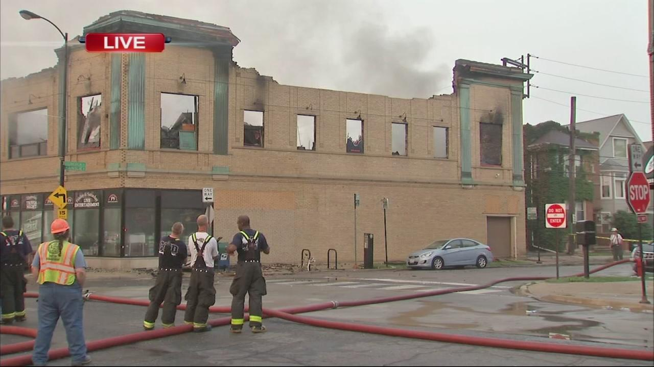 Fire destroys Lincoln Square bowling alley