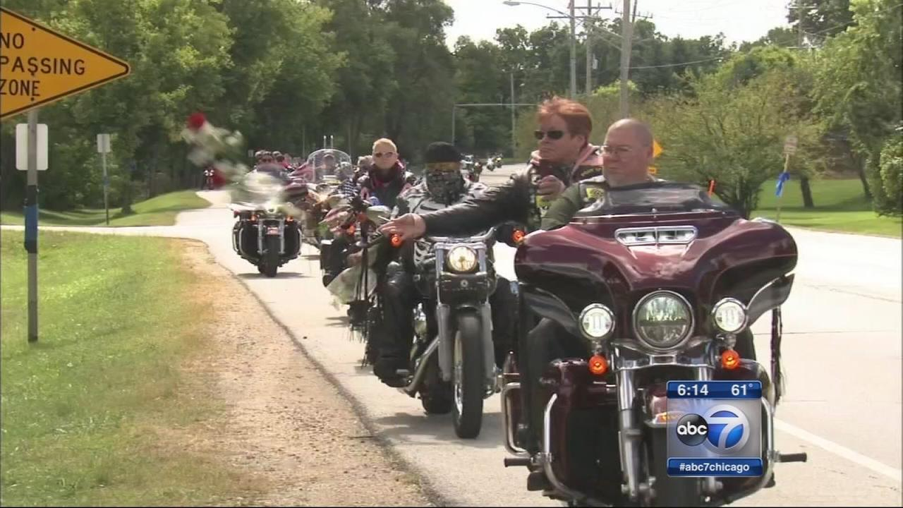 Motorcycle ride honors fallen Fox Lake officer