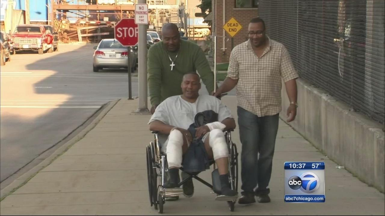 Man fights off dog attacking 8-year-old boy on South Side