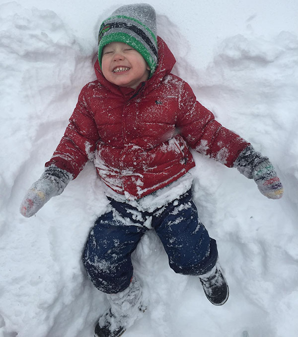 """<div class=""""meta image-caption""""><div class=""""origin-logo origin-image none""""><span>none</span></div><span class=""""caption-text"""">Talk about a good time in the snow! (Lauren Tinelly )</span></div>"""