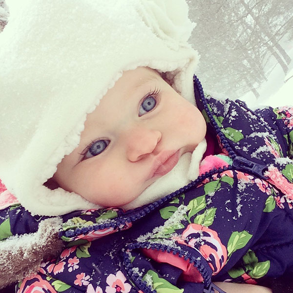 """<div class=""""meta image-caption""""><div class=""""origin-logo origin-image none""""><span>none</span></div><span class=""""caption-text"""">This little one is all bundled up for some fun in the snow.  (Mandy Gardner )</span></div>"""