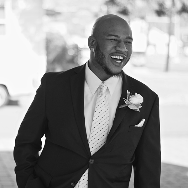 "<div class=""meta image-caption""><div class=""origin-logo origin-image none""><span>none</span></div><span class=""caption-text"">Pictured: The wedding of Erica and Darrell Meyers, photographed by Abigail Gingerale Photography. (Abigail Gingeral Photography)</span></div>"