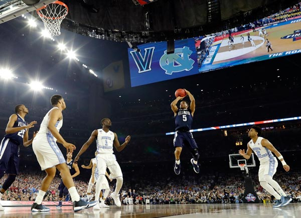 "<div class=""meta image-caption""><div class=""origin-logo origin-image ap""><span>AP</span></div><span class=""caption-text"">Villanova's Phil Booth (5) shoots during the first half of the NCAA Final Four tournament college basketball championship game against North Carolina, Monday, April 4, 2016. (AP Photo/David J. Phillip)</span></div>"