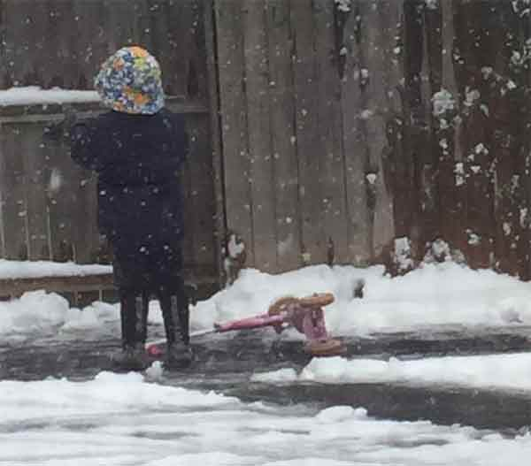 "<div class=""meta image-caption""><div class=""origin-logo origin-image none""><span>none</span></div><span class=""caption-text"">Nothing like a cool kid with a beach hat and scooter on a snowy, spring Saturday. (Jennifer Dalton Simpson)</span></div>"