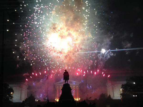 Fireworks are seen on the Ben Franklin Parkway during the 2014 Philly Jam.  <span class=meta>(Cecily Tynan )</span>