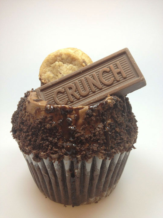 Crumbs Nestle Crunch Cupcake <span class=meta>Pinterest</span>
