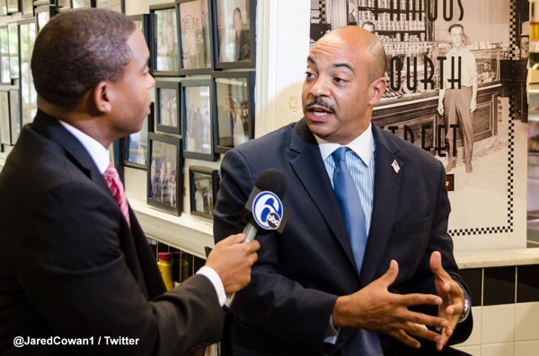 <div class='meta'><div class='origin-logo' data-origin='WPVI'></div><span class='caption-text' data-credit='Jared Cowan'>Philadelphia District Attorney Seth Williams</span></div>