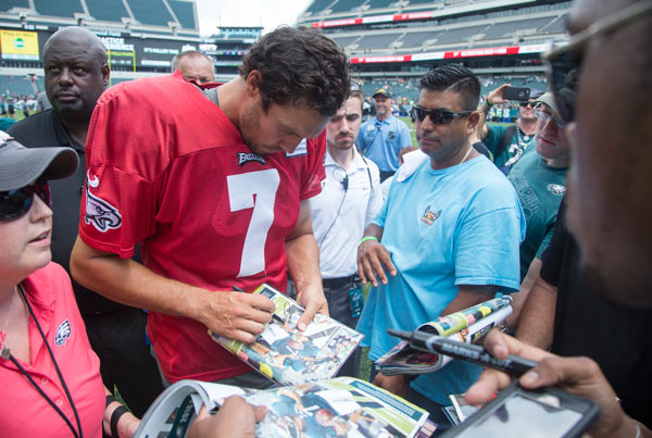 <div class='meta'><div class='origin-logo' data-origin='AP'></div><span class='caption-text' data-credit='AP Photo/Chris Szagola'>Philadelphia Eagles quarterback Sam Bradford signs autographs for the fans following practice at NFL football training camp, Sunday, July 31, 2016, in Philadelphia.</span></div>