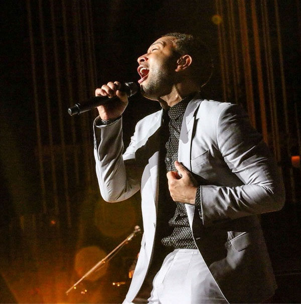 "<div class=""meta image-caption""><div class=""origin-logo origin-image ""><span></span></div><span class=""caption-text"">John Legend performs at the Mann Music Center of the Performing Arts on Saturday, August, 2, 2014.  (Ron Stephens II/ Instagram)</span></div>"