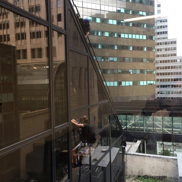 "<div class=""meta image-caption""><div class=""origin-logo origin-image none""><span>none</span></div><span class=""caption-text"">A man used suction cups to climb the Trump Tower building in New York on August 10, 2016. (Alex Cannon/Twitter)</span></div>"