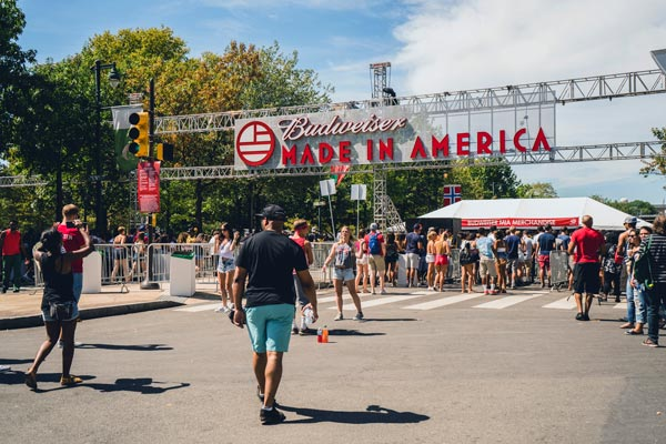"<div class=""meta image-caption""><div class=""origin-logo origin-image ap""><span>AP</span></div><span class=""caption-text"">People walk into the Made in America festival on Sunday, Sept 6, 2015, in Philadelphia. (Photo by Jeff Lombardo/Invision/AP)</span></div>"