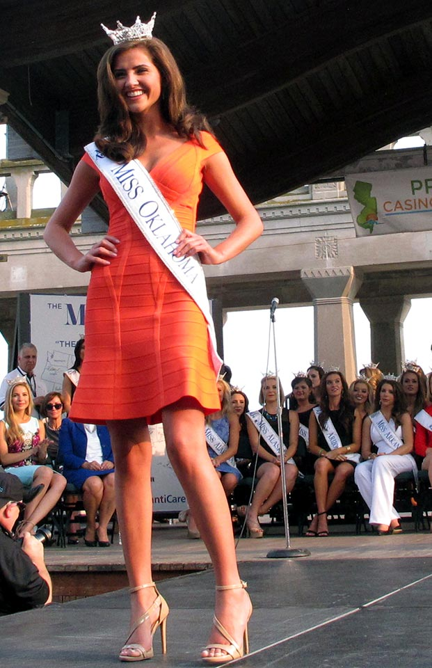 "<div class=""meta image-caption""><div class=""origin-logo origin-image ap""><span>AP</span></div><span class=""caption-text"">Miss Oklahoma Georgia Frazier walks the runway at the traditional Miss America welcome ceremony on the Atlantic City Boardwalk on Tuesday, Sept. 1, 2015. (AP Photo/Wayne Parry)</span></div>"