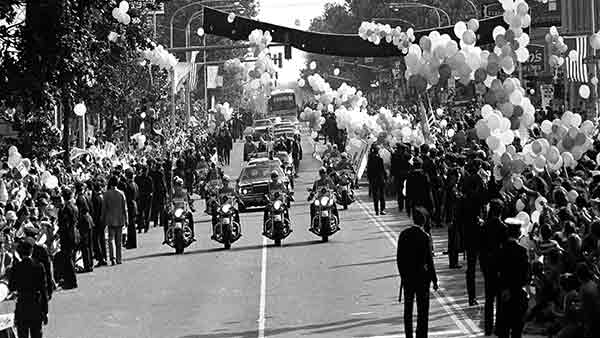 <div class='meta'><div class='origin-logo' data-origin='AP'></div><span class='caption-text' data-credit=''>Hundreds of balloons are released as Pope John Paul II passes in a motorcade in Philadelphia, Pa., Oct. 3, 1979.</span></div>