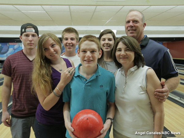 """<div class=""""meta image-caption""""><div class=""""origin-logo origin-image none""""><span>none</span></div><span class=""""caption-text"""">Christopher Duffley with his family in Manchester, NH. July 25, 2016.</span></div>"""