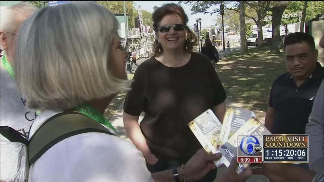 VIDEO: Act of kindess prior to papal visit