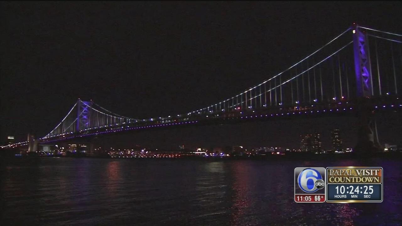 VIDEO: Ben Franklin Bridge closed to traffic