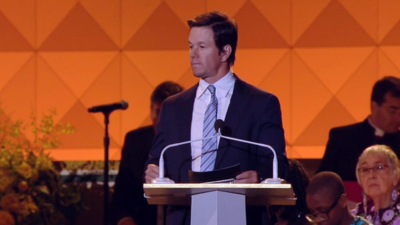 Host Mark Wahlberg speaks at the Festival of Families in Philadelphia on September 26, 2015.