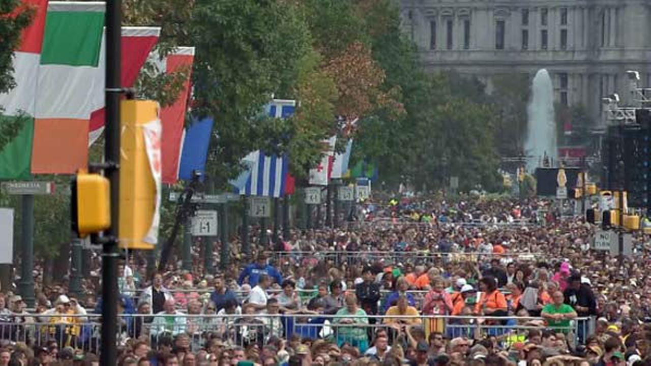 PHOTOS: Papal Mass on Parkway in Philadelphia