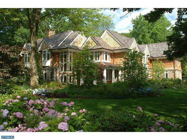 "<div class=""meta image-caption""><div class=""origin-logo origin-image ""><span></span></div><span class=""caption-text"">The home of former Philadelphia Flyer Ilya Bryzgalov in Haddonfield, New Jersey is on the market for $3.9 million. (Photo/Metropolitan Regional Information Systems, Inc.)</span></div>"