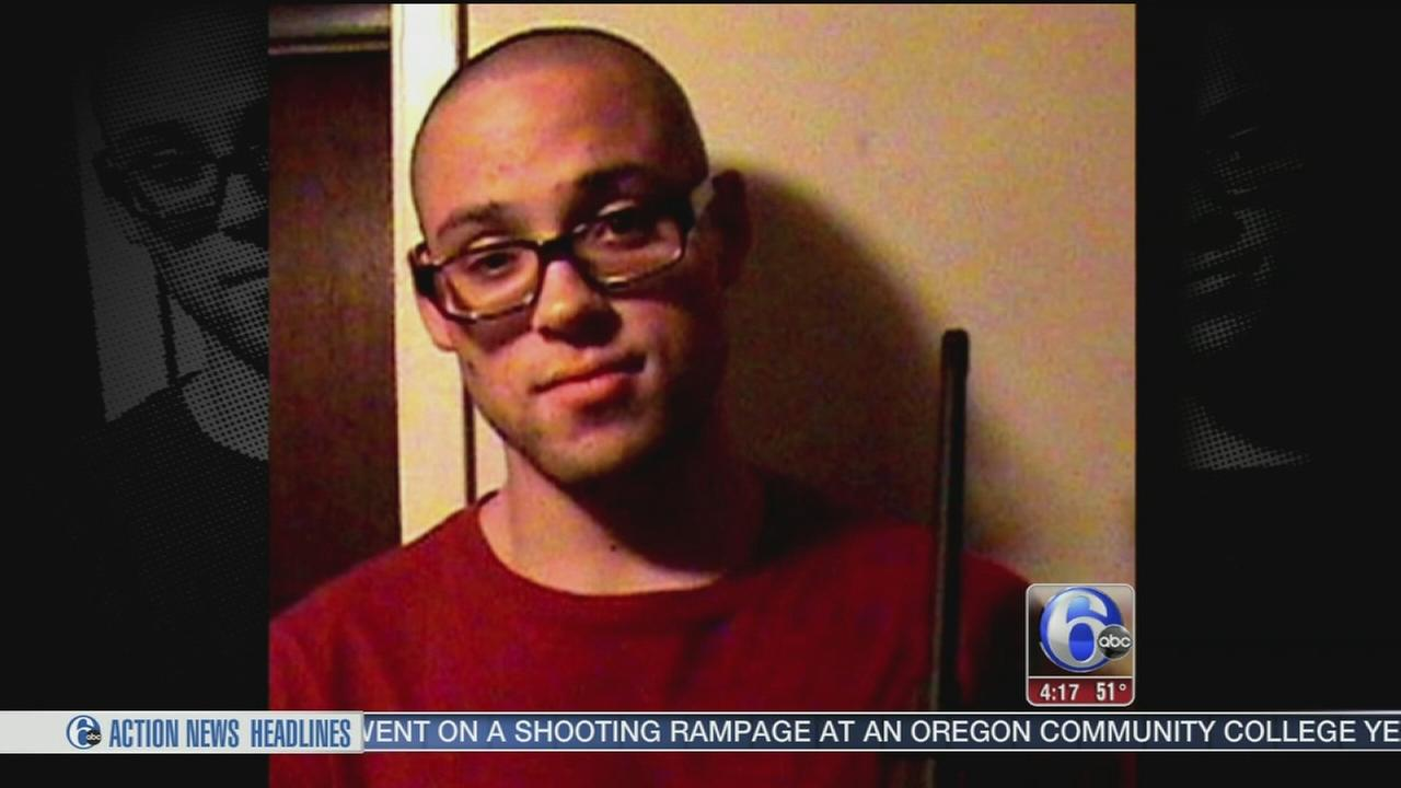 VIDEO: Several guns found in apartment of Oregon school shooter
