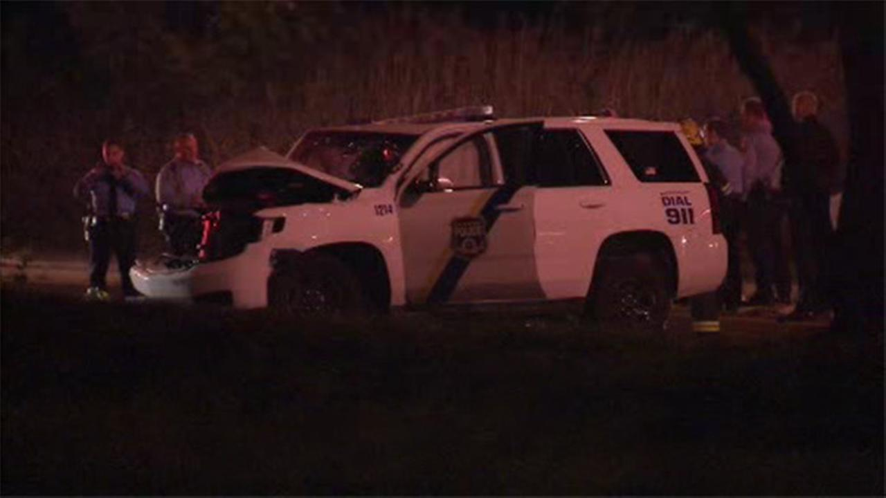 Police officers injured in crash in SW Philadelphia