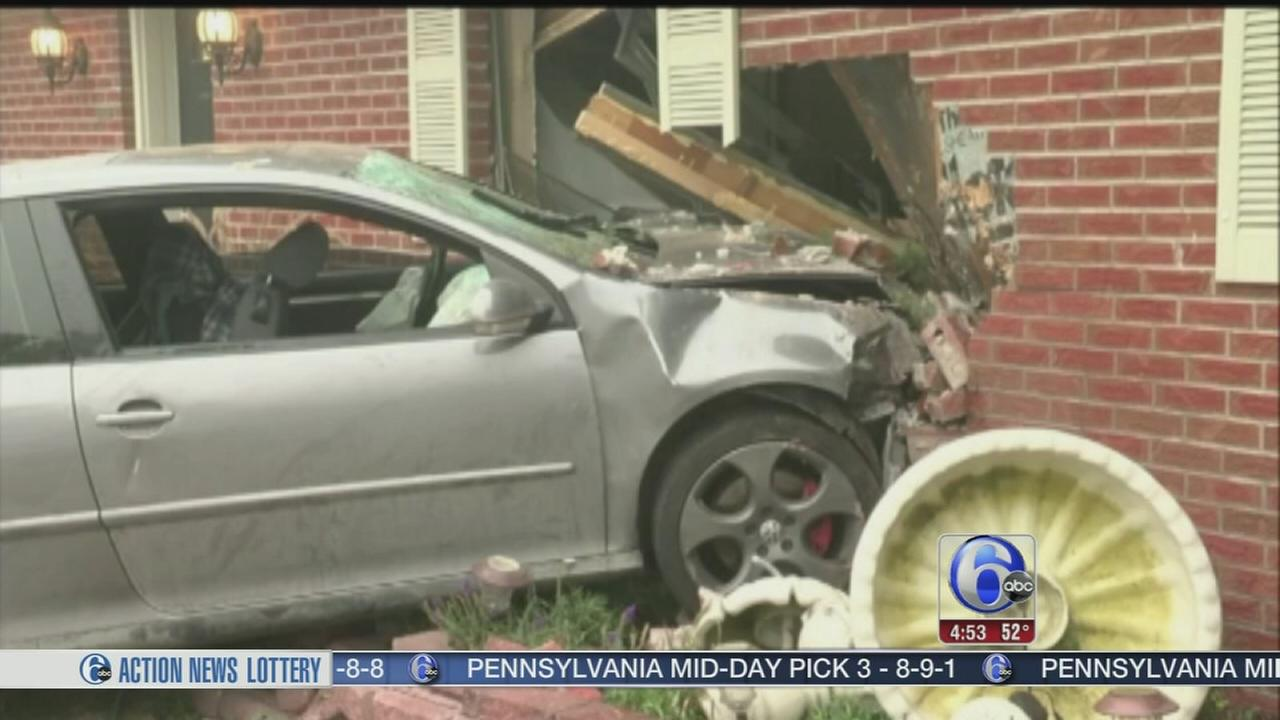 VIDEO: Car crashes into Colorado home