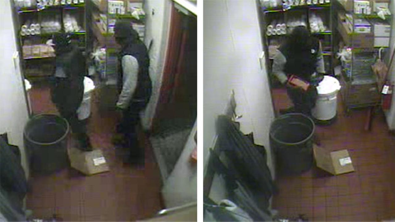 Suspects rob Chipotle in Willow Grove, Pa.