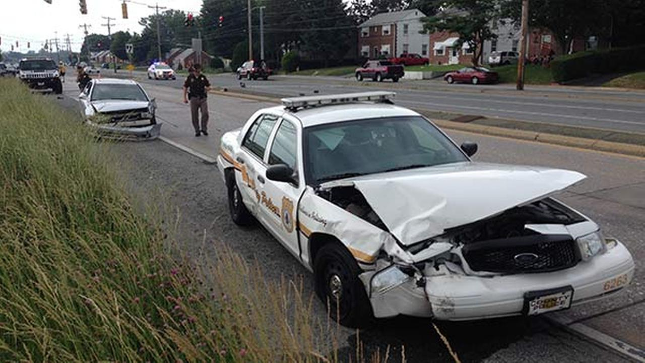 Police Car Involved In New Castle Crash 6abc Com