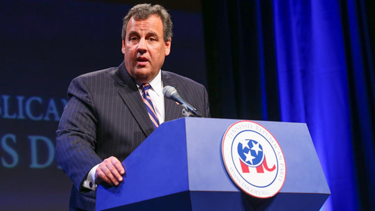 New Jersey Gov. Chris Christie delivers an address at the GOPs Statesmens Dinner on Friday, May 30, 2014, in Nashville, Tenn.