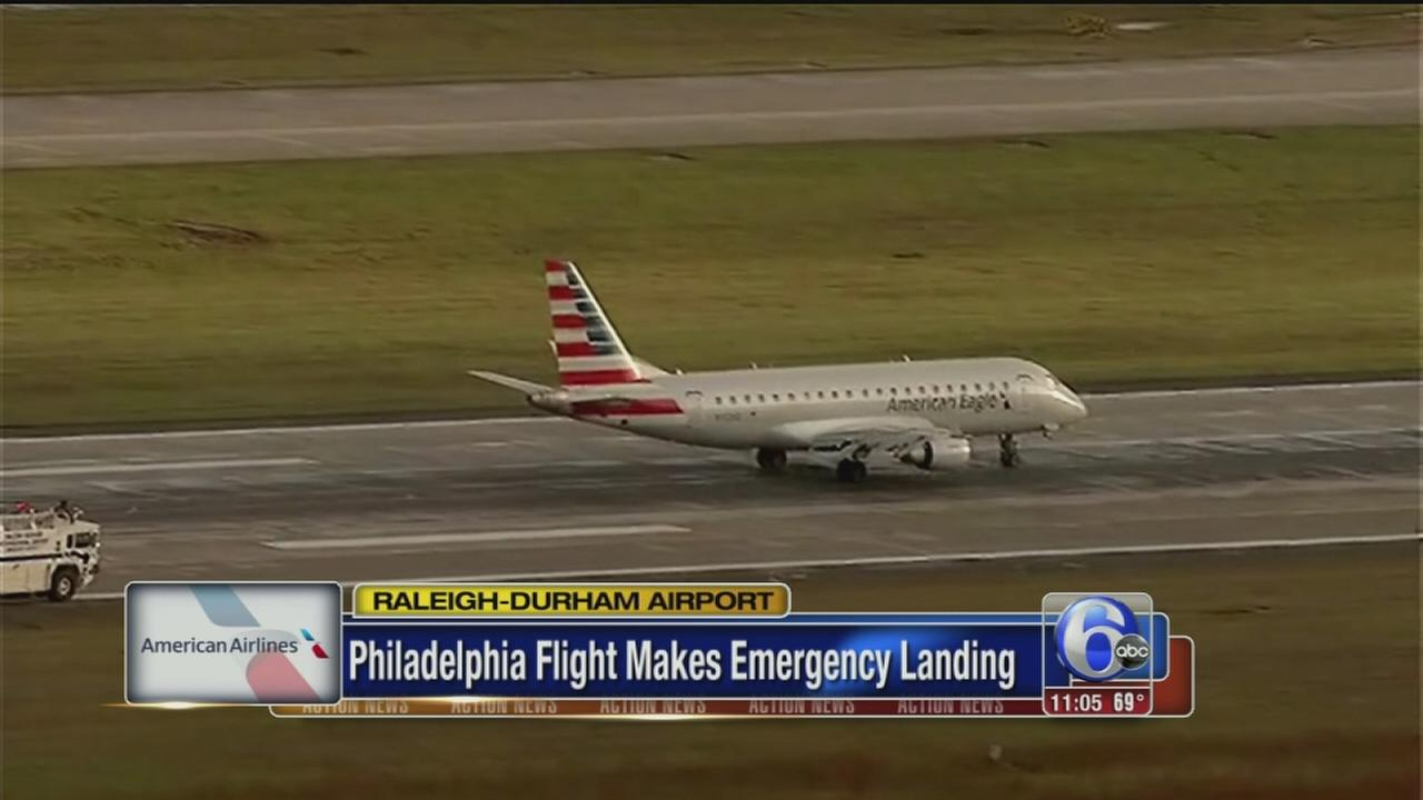 VIDEO: Philadelphia flight makes emergency landing