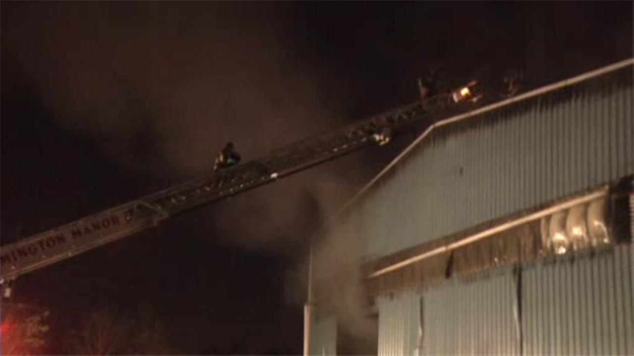 2-alarm blaze damages recycling building in Del.