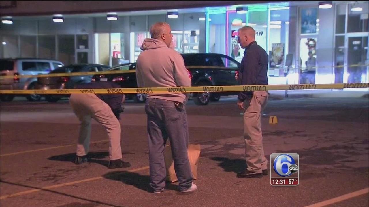 VIDEO: Attempted robbery in Sharon Hill leaves victim wounded
