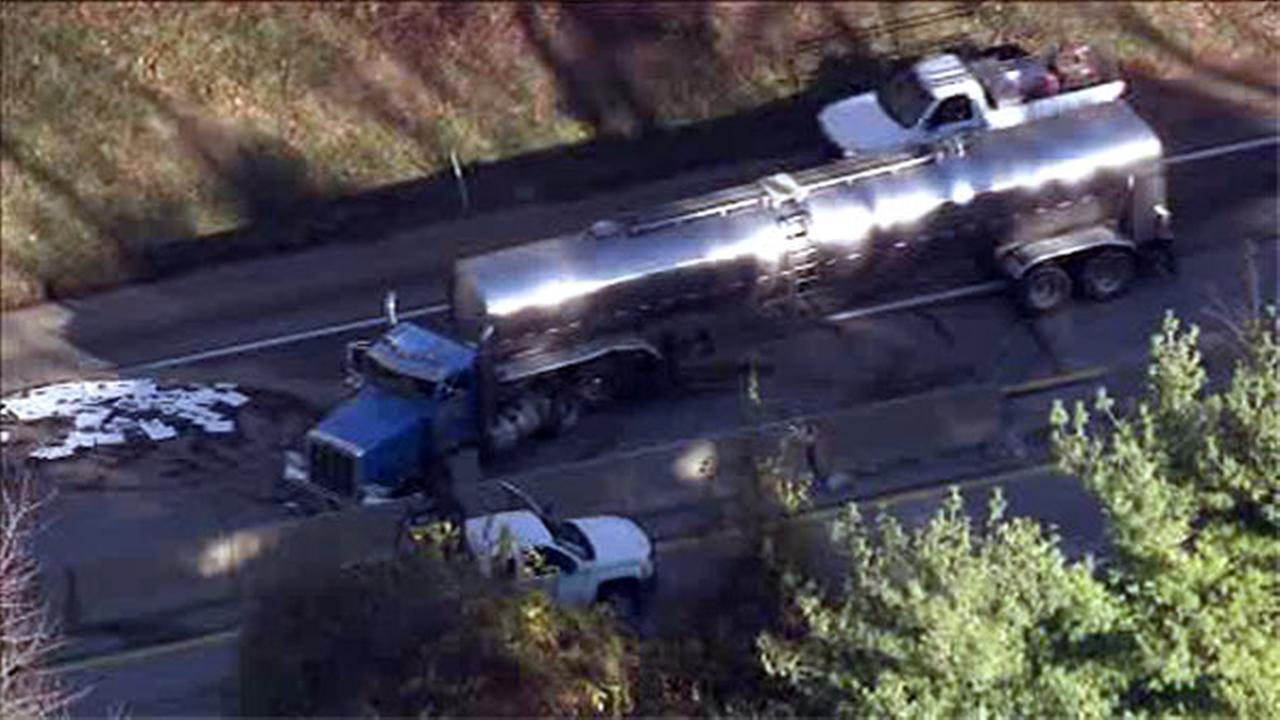 Jackknifed tanker truck jams traffic on Pa. Turnpike near Valley Forge