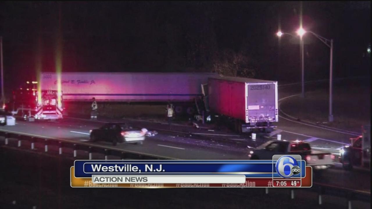 VIDEO: Tractor trailer crash