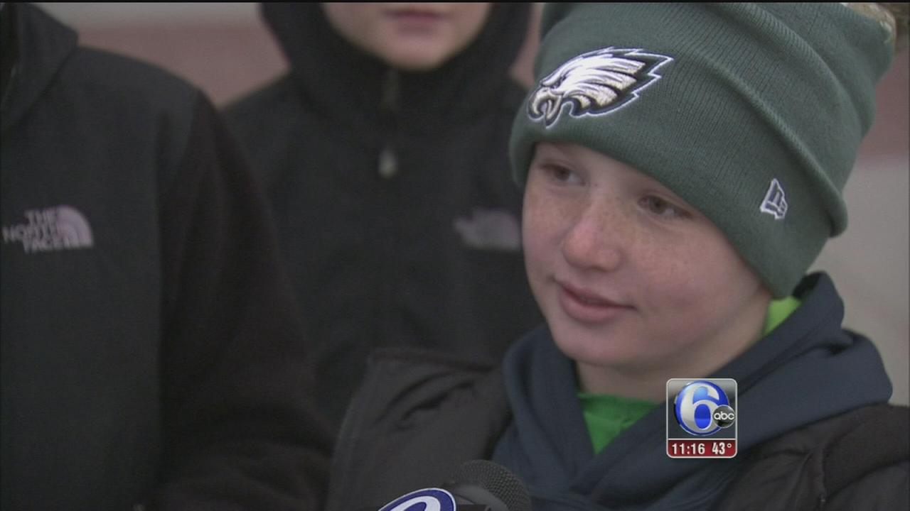 VIDEO: Eagles fans react to blowout
