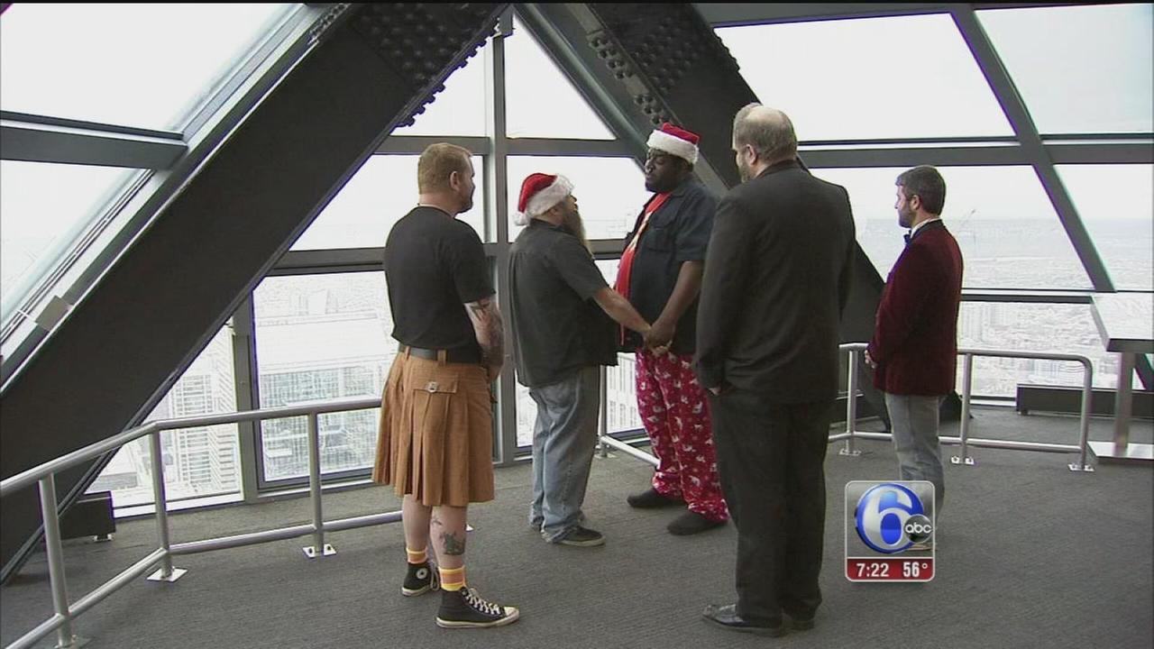 VIDEO: Couple weds on Liberty deck