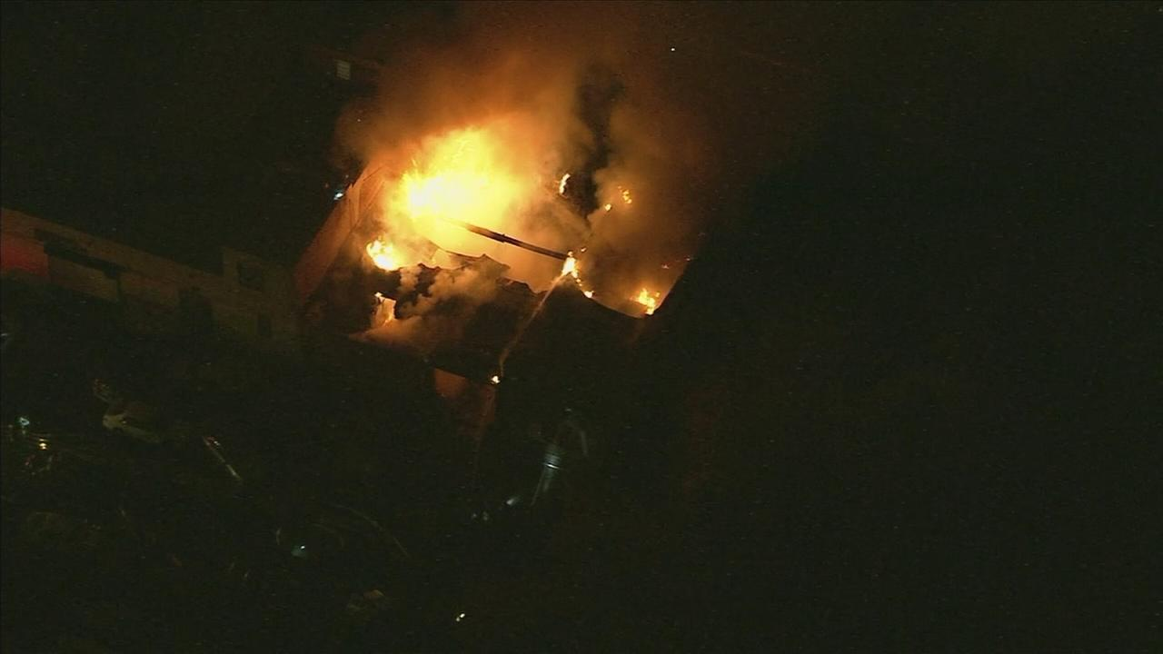 VIDEO: Chopper 6 over Olney fire