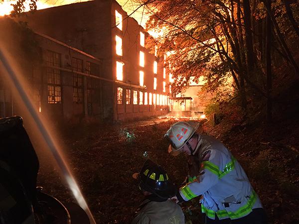 Firefighters battle blaze at DE warehouse