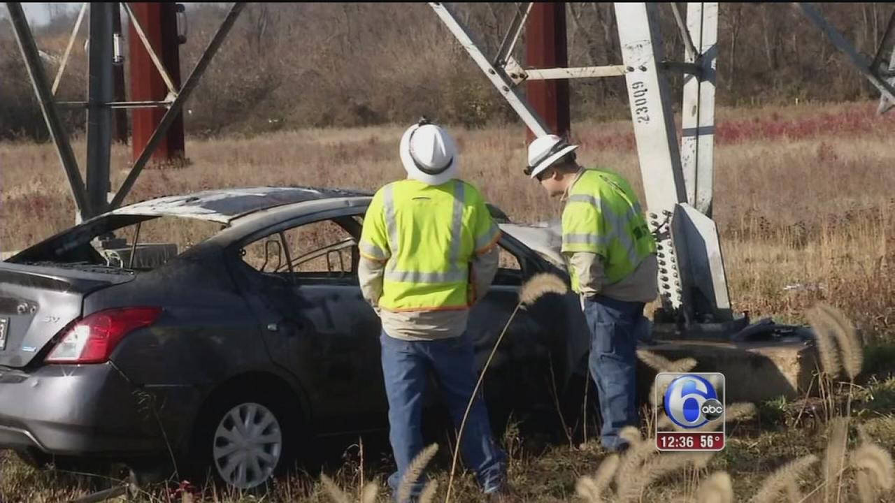 VIDEO: Car slams into electrical tower