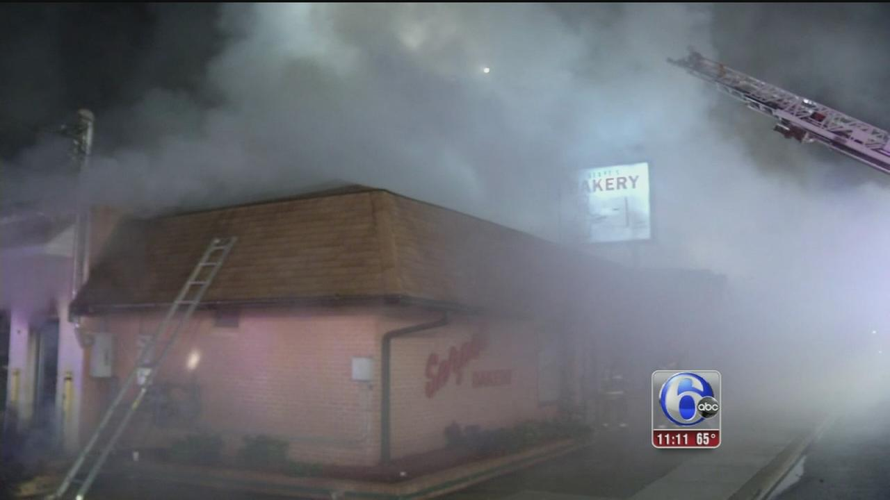 VIDEO: Fire damages Delaware bakery