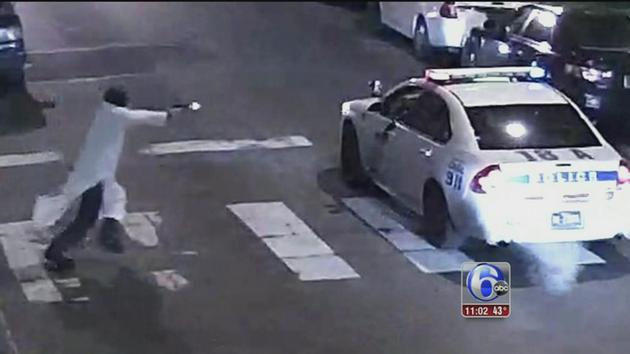 Philly cop shot by Muslim