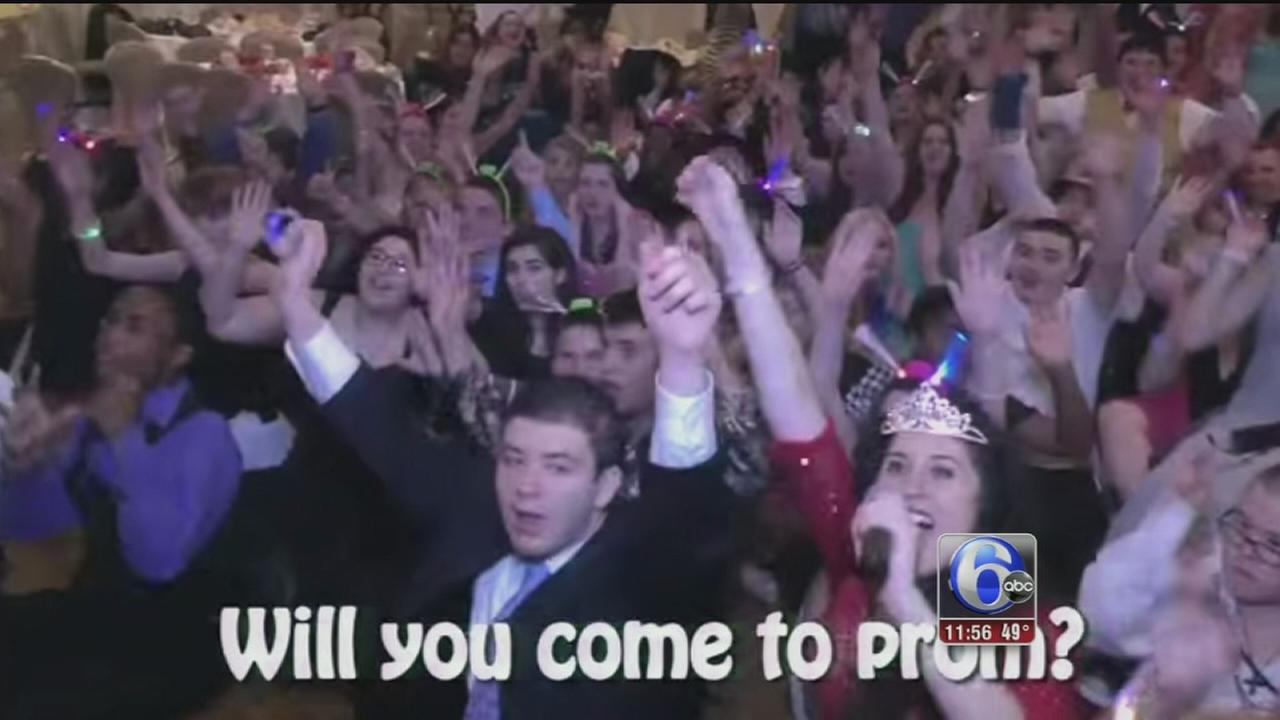 VIDEO: Promposal to Bruno Mars