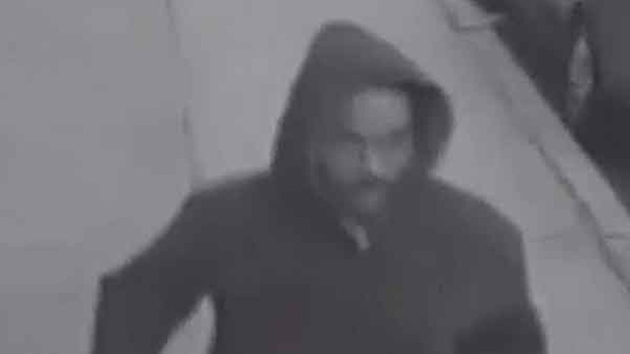 Police are searching for a thief who was caught on camera stealing a womans purse in South Philadelphia last month.