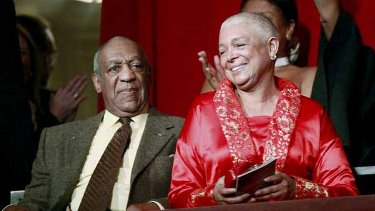 FILE - This Oct. 26, 2009 file photo, comedian Bill Cosby, left, and his wife Camille appear at the John F. Kennedy Center for Performing Arts
