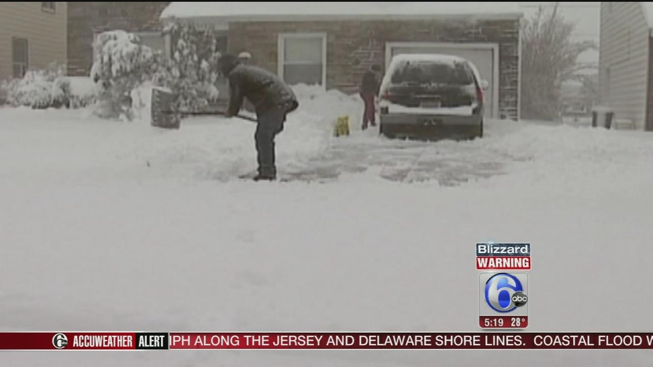 012216-wpvi-hk-weather-snow-shovel-5p-video