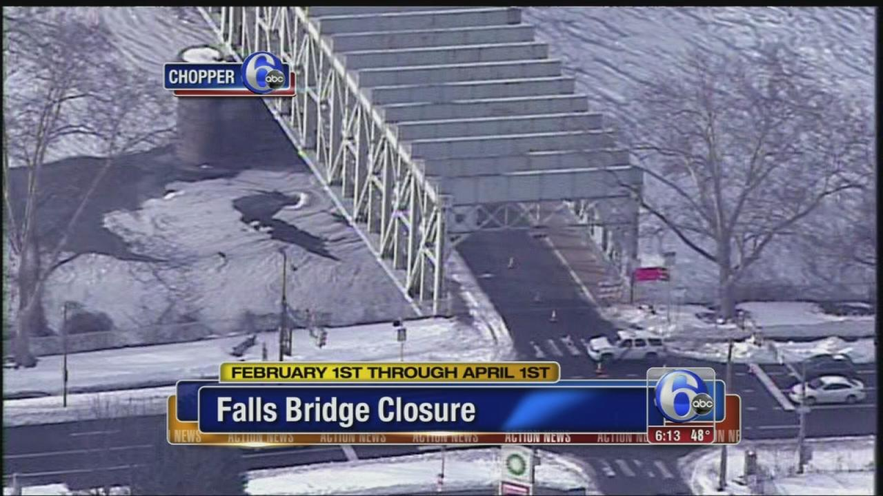 VIDEO: Southbound side of Falls Bridge closed to drivers