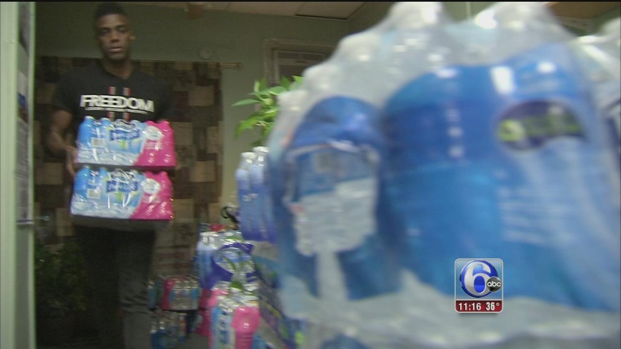 VIDEO: West Philadelphia helps replenish Flint